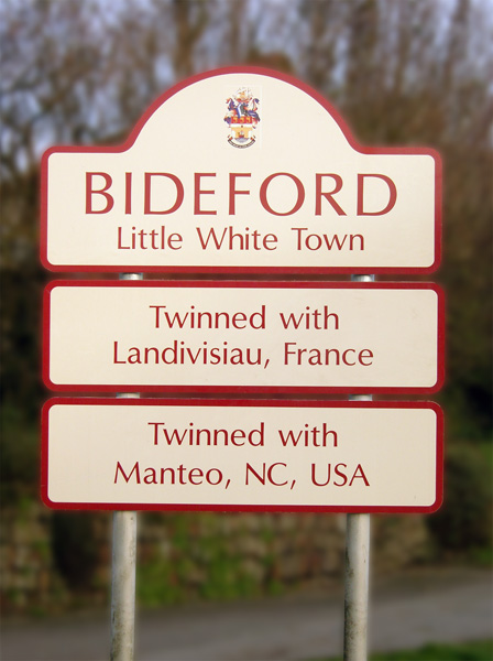 Bideford Manteo Twins